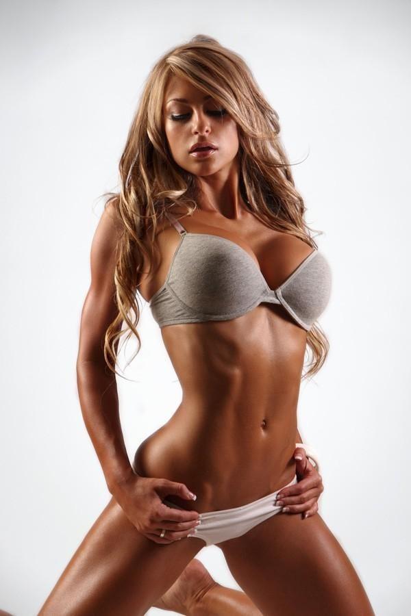 Laura Michelle Prestin fitness babe