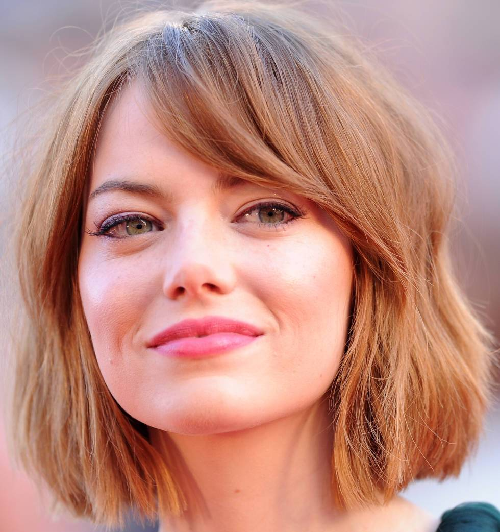 Very short haircuts for women with round faces