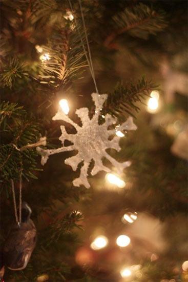DIY Glue Snowflakes