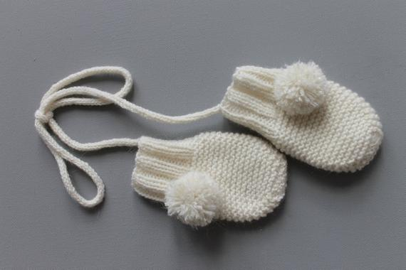 Full cashmere and mohair baby set, baby booties, baby hat and baby mittens.