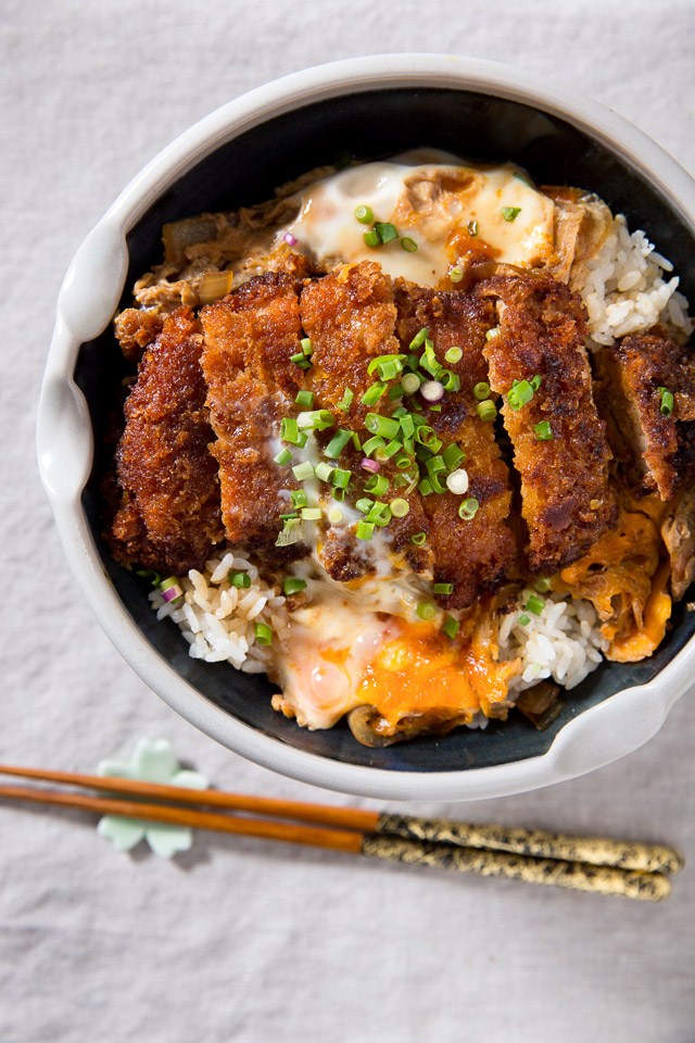 1. Katsudon -   13 Japanese Foods You Need To Eat Before You Die