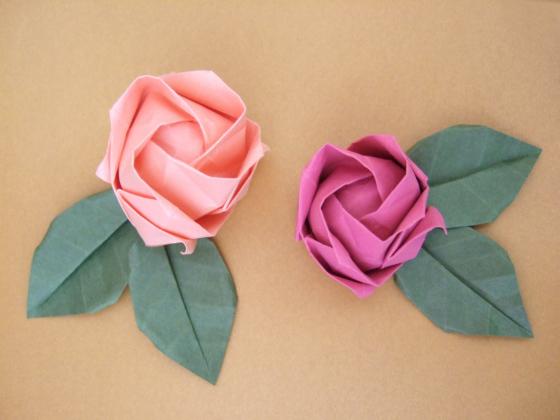 Folded paper flower tutorial forteforic folded paper flower tutorial mightylinksfo