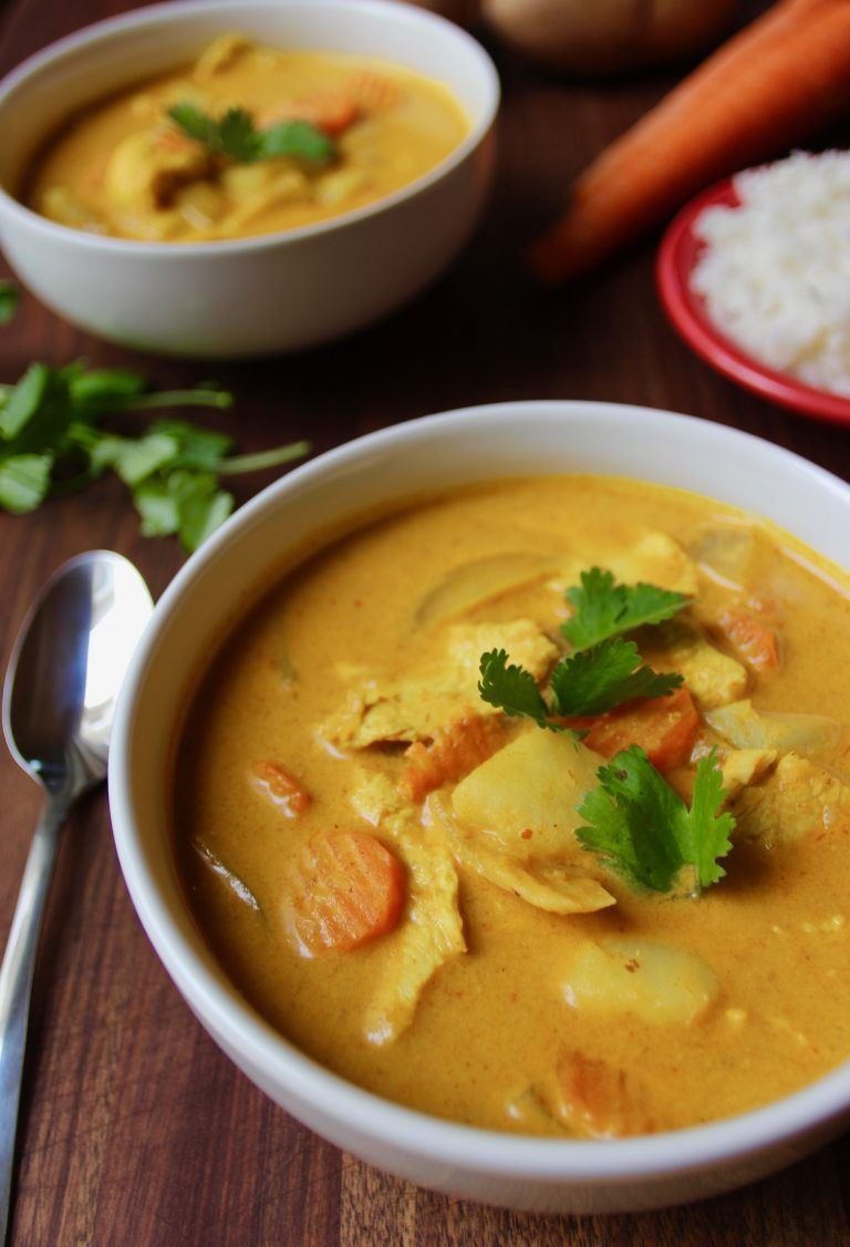 Authentic Thai Yellow Curry with Chicken -   13 healthy recipes Chicken curry ideas